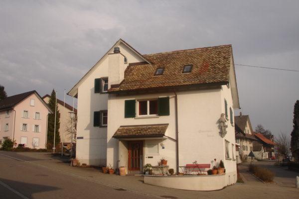 http://knonauer-amt.ch/wp-content/uploads/2016/06/Altes-Gemeindehaus-600x400.jpg