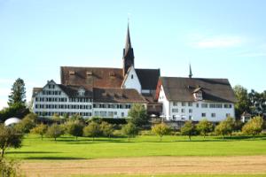 https://knonauer-amt.ch/wp-content/uploads/2018/03/Kloster.Kappel.400x300-1-300x200.png